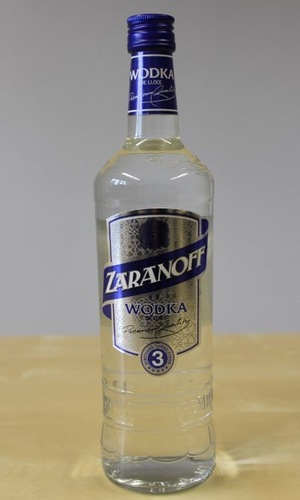 Zaranoff_vodka_(cropped).jpeg