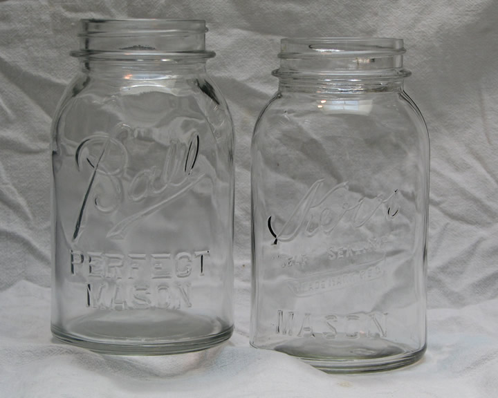 Antique_Mason_jars.jpg